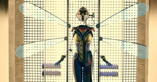 we-have-our-first-official-image-of-the-wasp-in-ant-man-533060